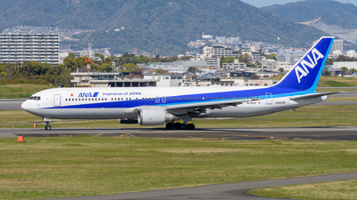 A picture of JA605A - Boeing 767381(ER) - All Nippon Airways - © Tsumugu Ono