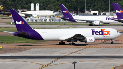 A picture of N147FE - Boeing 7673S2F(ER) - FedEx - © HAOFENG YU