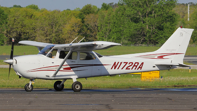 N172RA - Cessna 172S Skyhawk SP - Epic Aviation