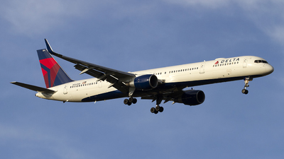 N594NW - Boeing 757-351 - Delta Air Lines