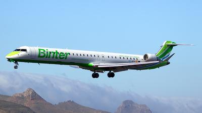 EC-MPA - Bombardier CRJ-1000 - Binter Canarias
