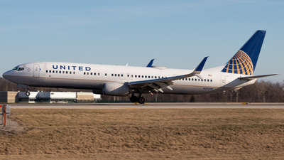A picture of N37468 - Boeing 737924(ER) - United Airlines - © Davin Amy