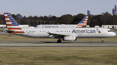 A picture of N545UW - Airbus A321231 - American Airlines - © Thomas Morrison