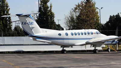 XA-GAT - Beechcraft B300 King Air 350i - Private