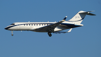 CS-TSL - Bombardier BD-700-1A11 Global 5000 - Private