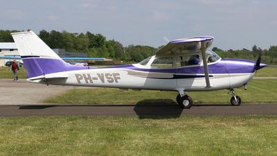 A picture of PHVSF - Cessna F172L Skyhawk - [00877] - © Marcel Hagemann