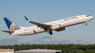 A picture of N67812 - Boeing 737924(ER) - United Airlines - © Positive Rate Photography