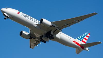 N758AN - Boeing 777-223(ER) - American Airlines