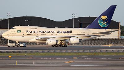 HZ-HM1B - Boeing 747SP-68 - Saudi Arabia - Royal Flight