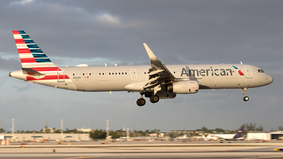 N112AN - Airbus A321-231 - American Airlines