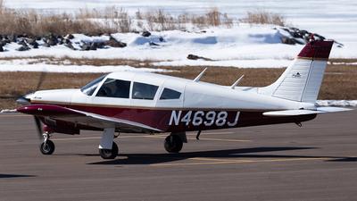 A picture of N4698J - Piper PA28R180 - [28R30601] - © Elise Van de Putte