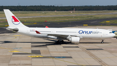 A picture of TCOCE - Airbus A330223 - Onur Air - © Martin Rogosz