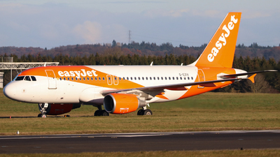 A picture of GEZIX - Airbus A319111 - [2605] - © Newcastle Spotter