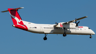 VH-LQM - Bombardier Dash 8-Q400 - QantasLink (Sunstate Airlines)