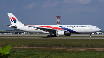A picture of 9MMTB - Airbus A330323 - Malaysia Airlines - © Vicknesh PS