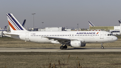 F-HBNG - Airbus A320-214 - Air France