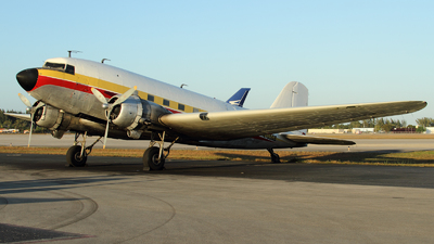 N705GB - Douglas DC-3C - Atlantic Air Cargo