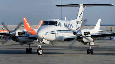 G-NIAA - Beechcraft B200 Super King Air - Private