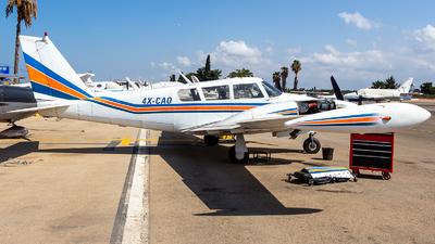 4X-CAO - Piper PA-30-160 Twin Comanche B - Private