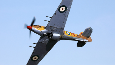 OO-HUR - Hawker Hurricane Mk.IV - Private