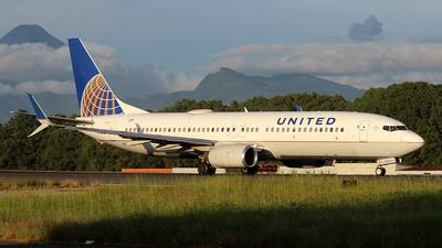 N35260 - Boeing 737-824 - United Airlines