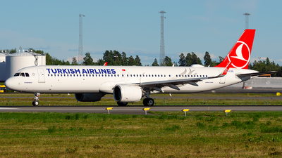 A picture of TCLSS - Airbus A321271NX - Turkish Airlines - © Laszlo Fekete