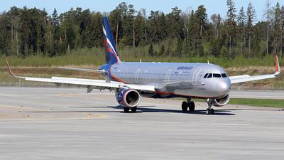 A picture of VPBEW - Airbus A321211 - Aeroflot - © BizavMen