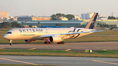 VN-A897 - Airbus A350-941 - Vietnam Airlines