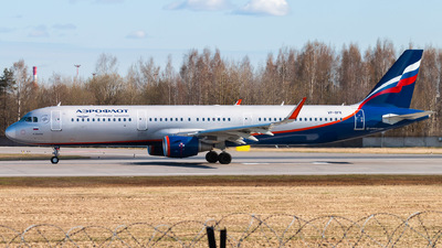 A picture of VPBFK - Airbus A321211 - Aeroflot - © KomradAlexey