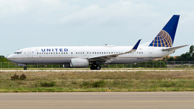 N36247 - Boeing 737-824 - United Airlines