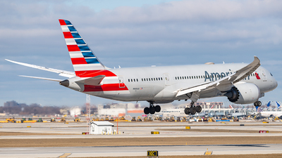 A picture of N809AA - Boeing 7878 Dreamliner - American Airlines - © Miles Aronovitz