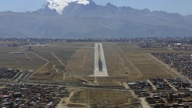A view from La Paz El Alto International Airport