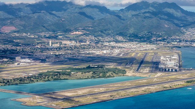 A view from Honolulu International Airport