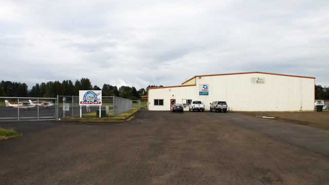 A view from Kelso Southwest Washington Regional Airport