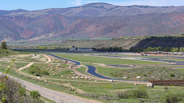 A view from Aspen Pitkin County Airport