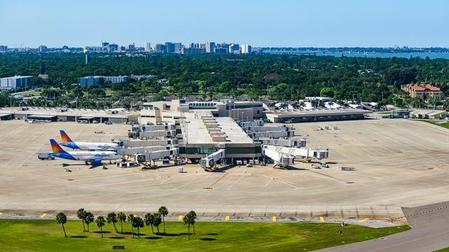 A view from Sarasota-Bradenton International Airport