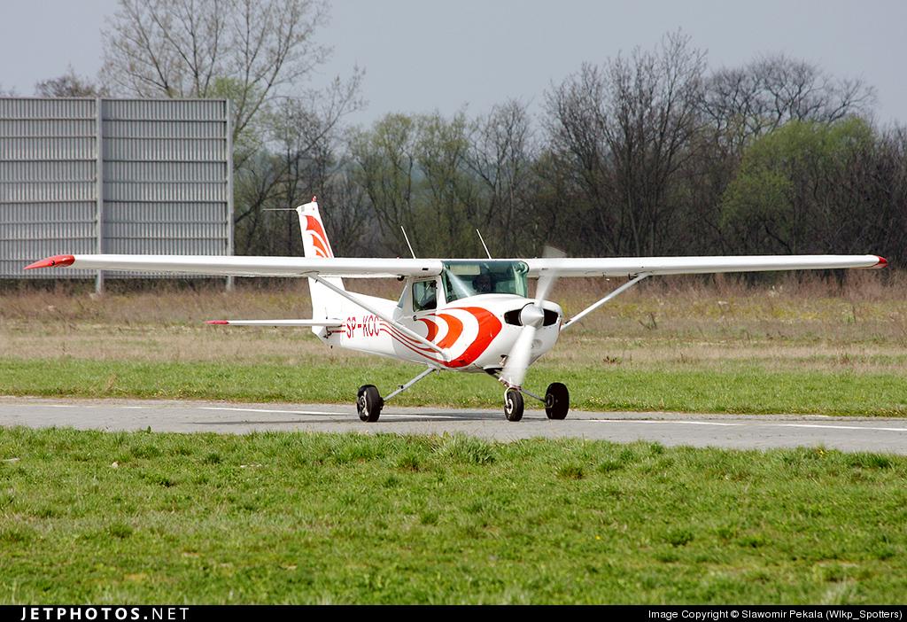 SP-KCC - Cessna 152 - Private