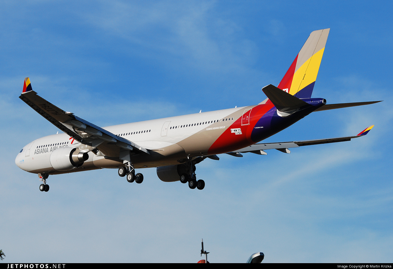 F-WWYS - Airbus A330-323 - Asiana Airlines