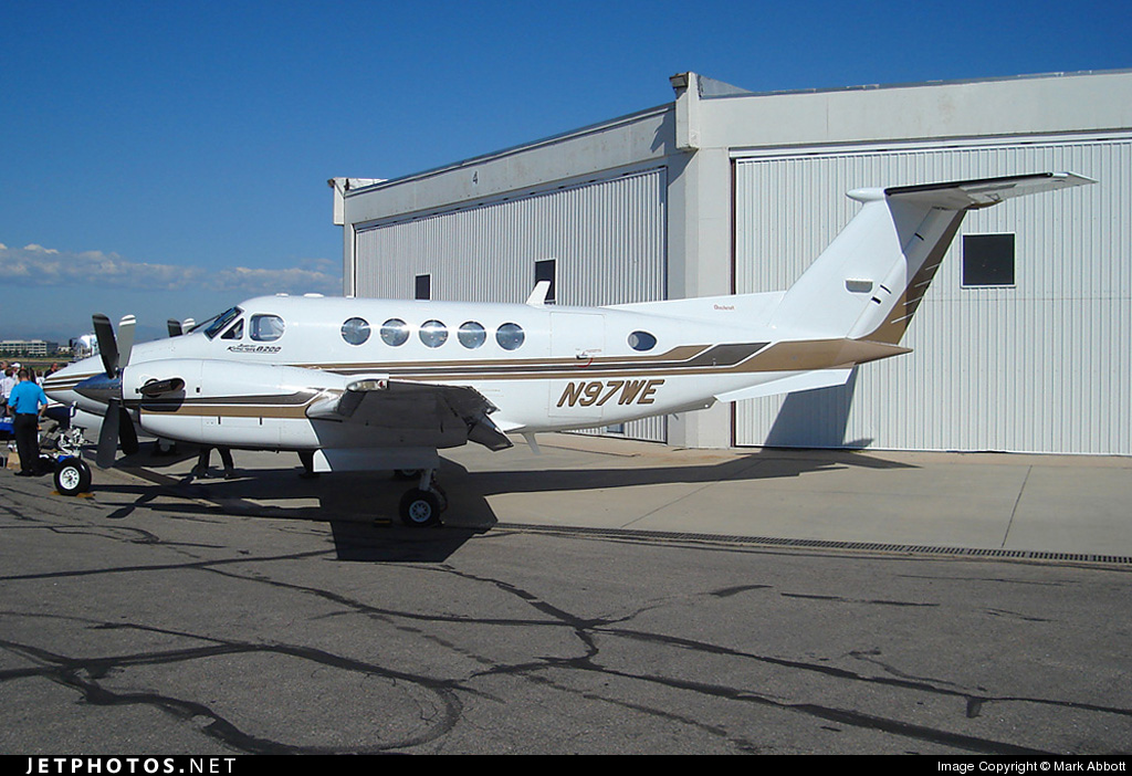 N97WE - Beechcraft B200 Super King Air - Private