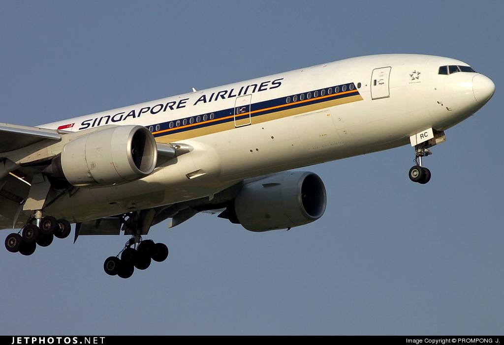 9V-SRC - Boeing 777-212(ER) - Singapore Airlines