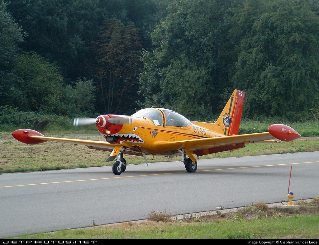 ST-35 - SIAI-Marchetti SF260M - Belgium - Air Force