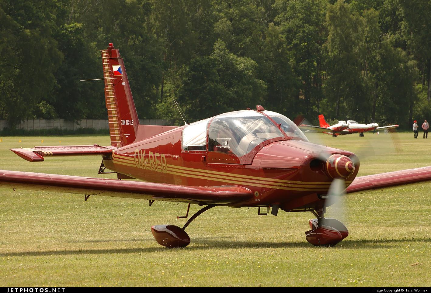 OK-RED - Zlin 143LSi - Private