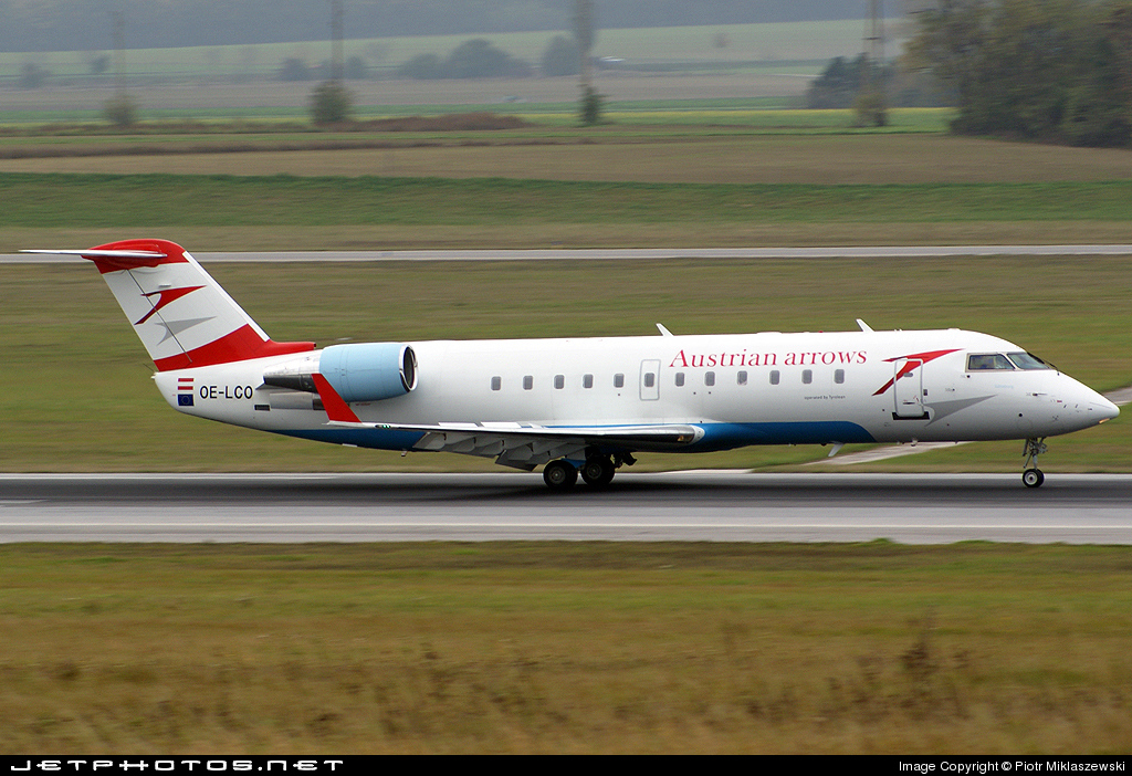 OE-LCO - Bombardier CRJ-200LR - Austrian Arrows