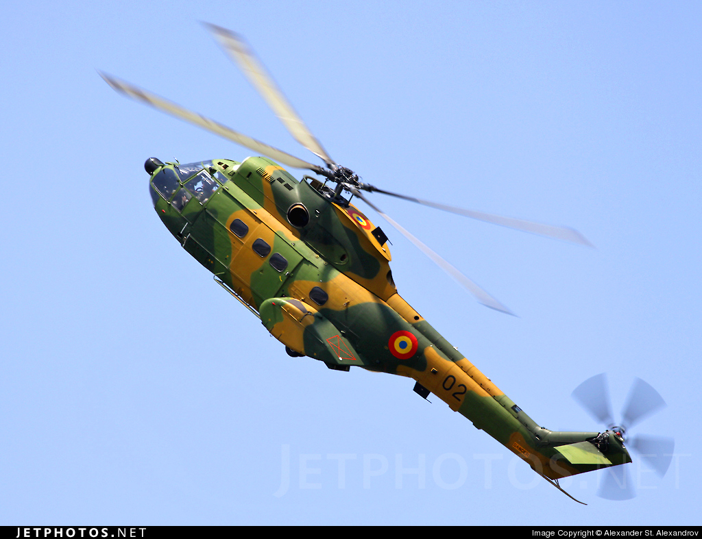 02 - IAR-330M Puma - Romania - Air Force