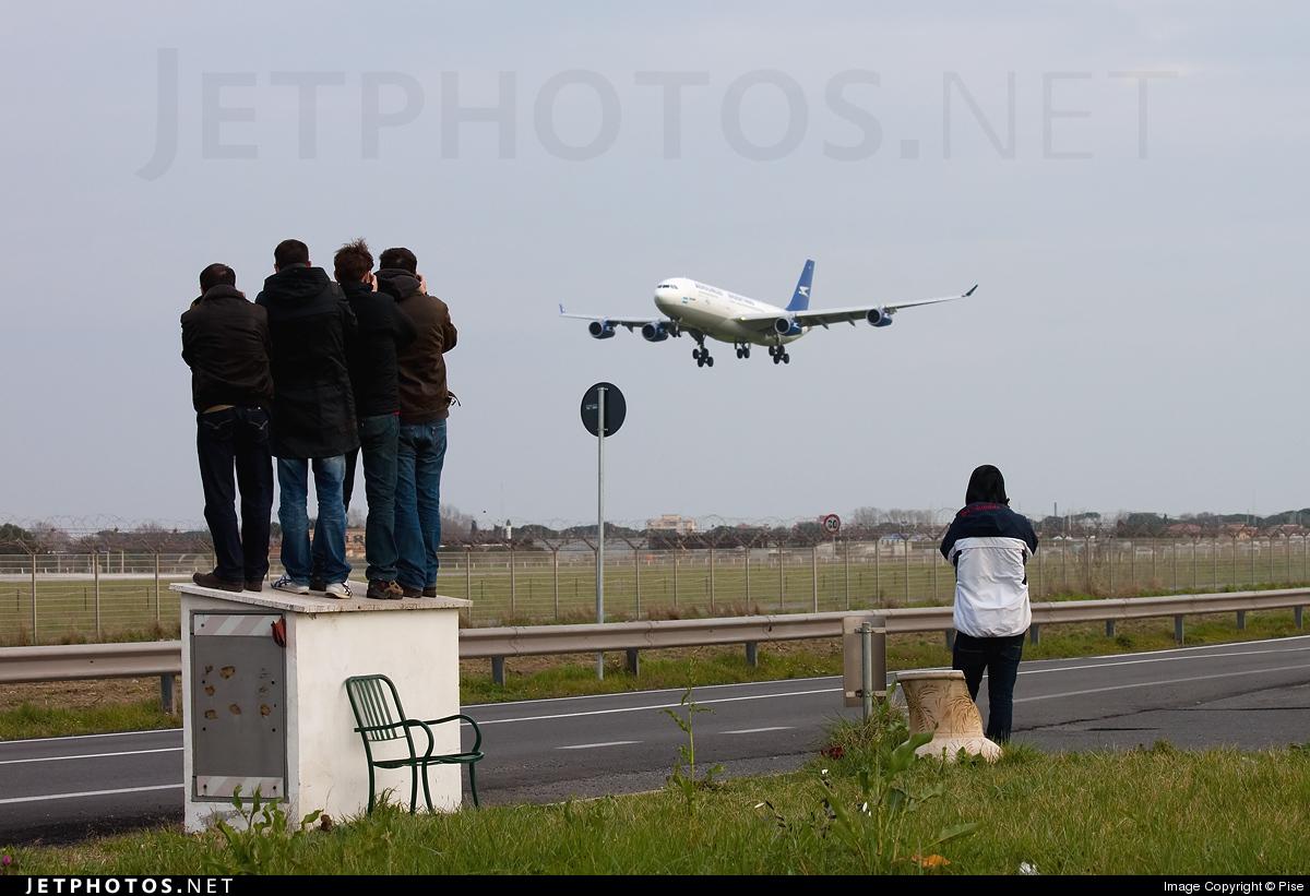 LIRF - Airport - Spotting Location