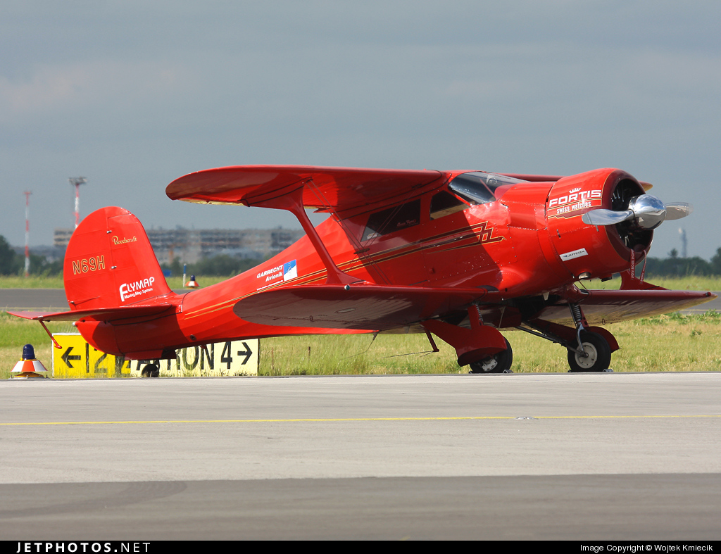 N69H - Beechcraft D17S Staggerwing - Classic Flyers