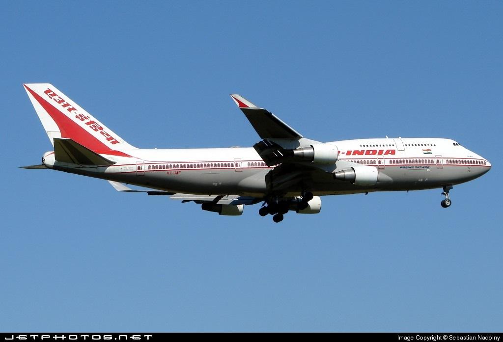 VT-AIF - Boeing 747-412 - Air India