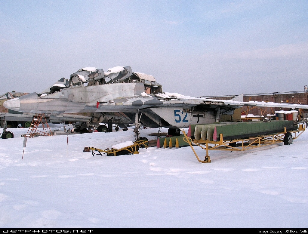 52 - Mikoyan-Gurevich MiG-29UB Fulcrum - Russia - Air Force