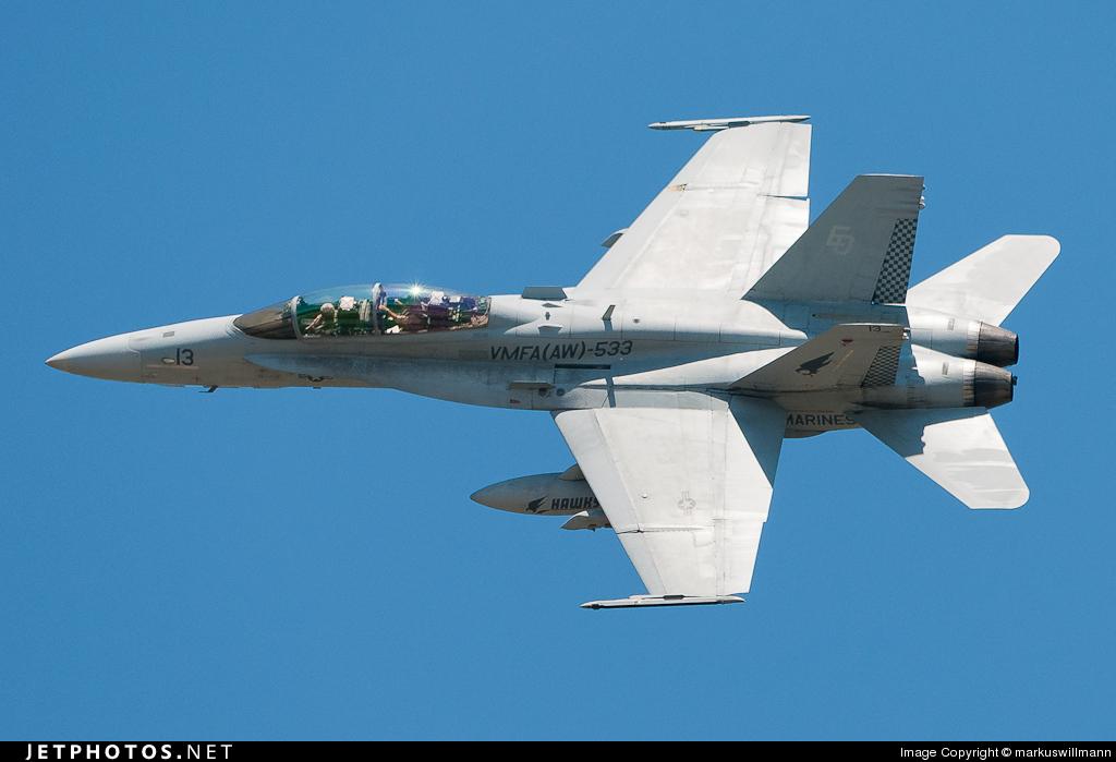164738 - McDonnell Douglas F/A-18D Hornet - United States - US Marine Corps (USMC)