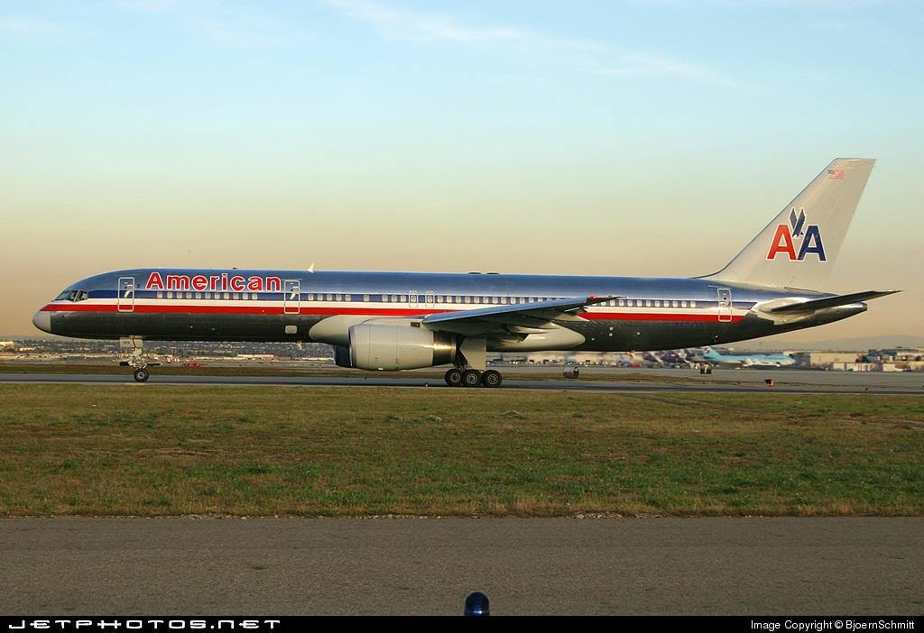 N604AA - Boeing 757-223 - American Airlines